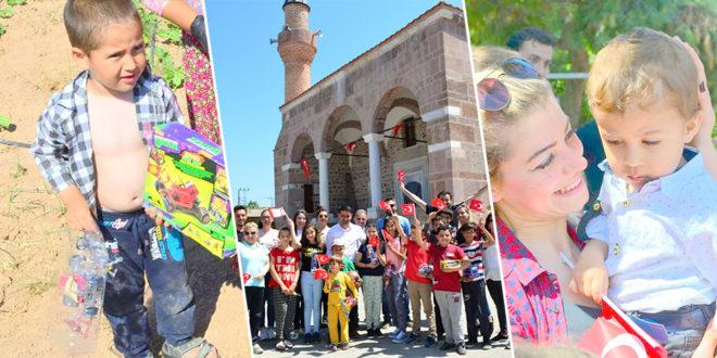 300 Köy Çocuğuna Bayram Sürprizi